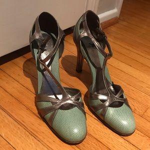 BANANA REPUBLIC T-Strap Heels